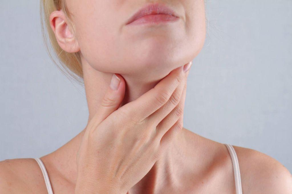 Viêm họng cấp điều trị như thế nào?